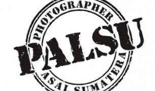 Sejarah PALSU (Photographer Asal Sumatra)